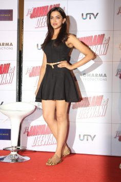 Deepika Padukone at Yeh Jawaani Hai Deewani First Look Launch