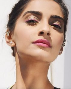 Replica of similar pink lipstick seen on sonam kapoor