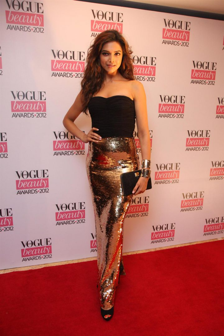 Similar Sequined Skirt worn by Deepika Padukone at Vogue Beauty Award (2012)