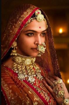 Similar like Deepika Padukon Padmavat Necklace set