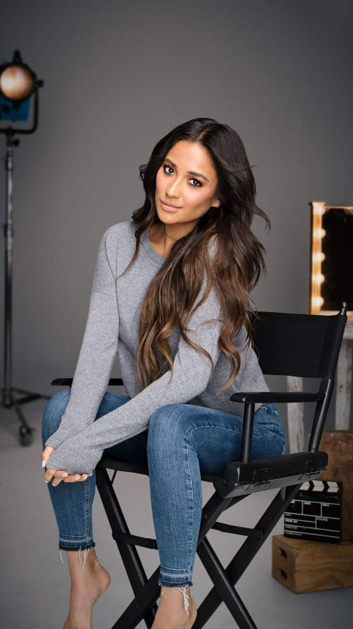 Need similar shay mitchell grey tshirt