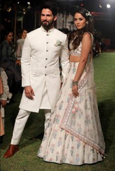 Same Anita Dongre Lehenga wore by Mira Rajput in Lakme fashion week 2018