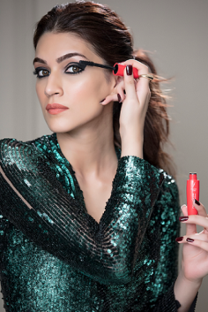 Same Mascara of Kriti Sanon