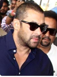 Similar Sunglasses like Salman Khan