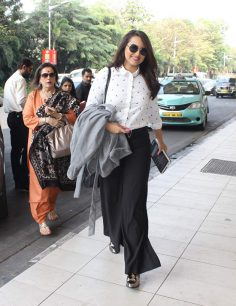 Sonakshi Sinha Trouser pants Airport Look