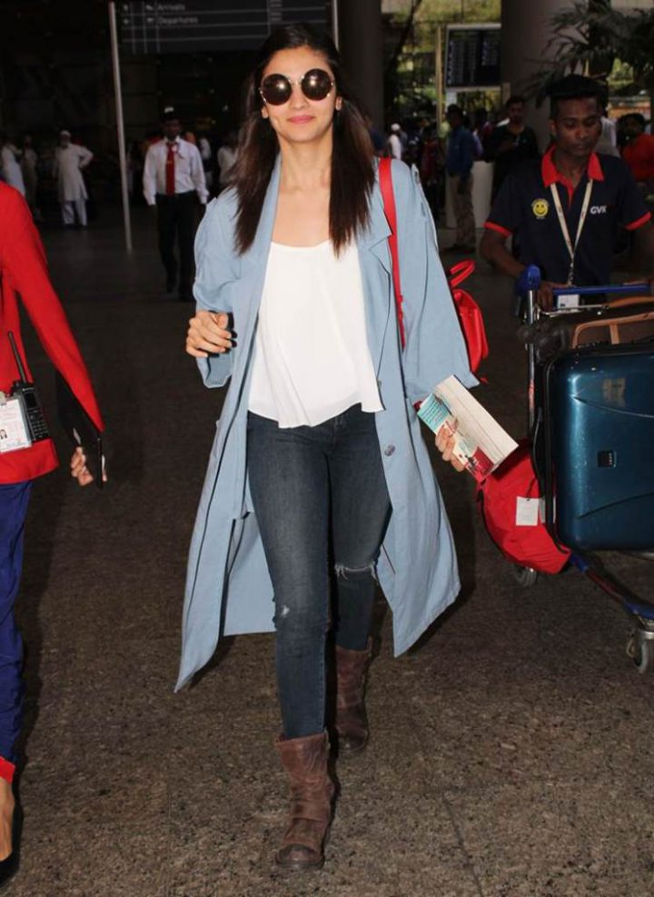 Alia Bhatt in Blue Jeans (Airport Look)