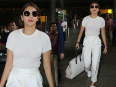 Anushka Sharma White Solid Round T-shirt (Airport Look)