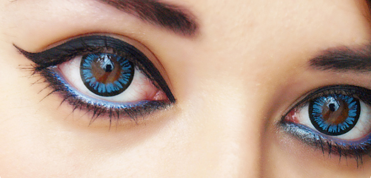 Get Glamorous with right eye lenses @TheRoyaleIndia