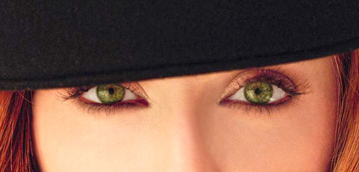 Get funky with green eye lenses @TheRoyaleIndia