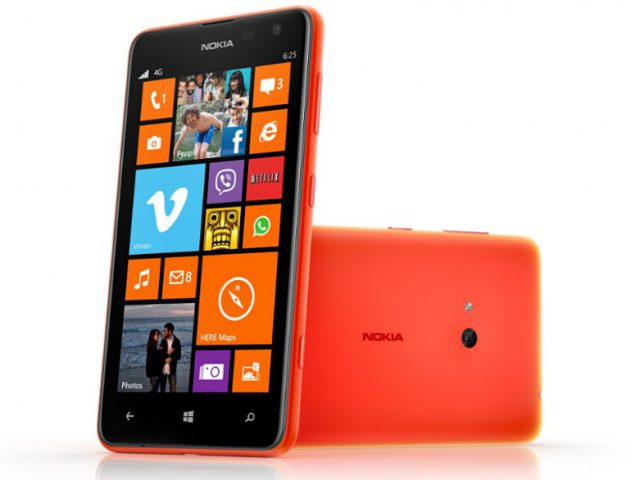 Hands on with the Nokia Lumia 625 @TheRoyaleIndia