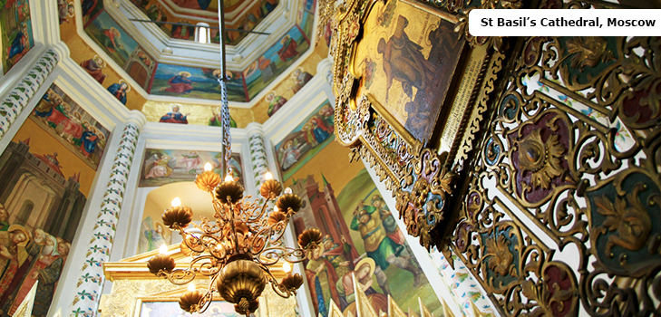 St. Basils Cathedral at Moscow the most enthralling church @TheRoyaleIndia