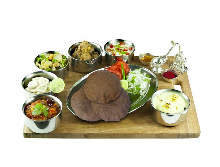 Vegetarian Thali @TheRoyaleIndia