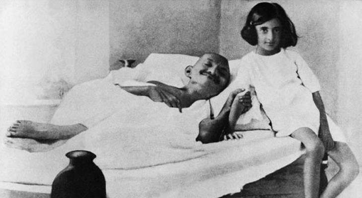 Mahatma Gandhi with young Indira Gandhi @TheRoyaleIndia