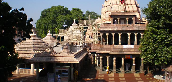 Mahakaleshwara at Ujjain - One of the 12 Jyotirlingas @TheRoyaleIndia