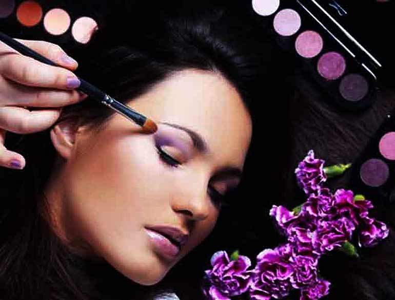 Makeup Tips and Tricks @TheRoyaleIndia
