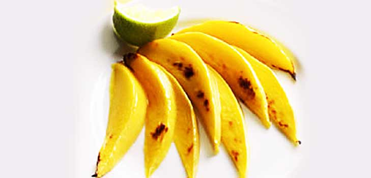 King of fruits- Mangoes is high on Vitamin A and C @theroyaleindia