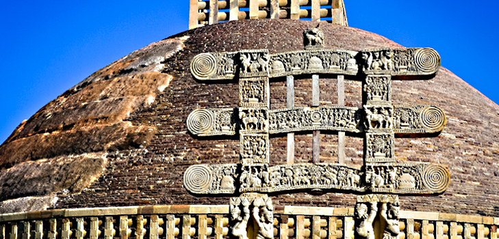 Sanchi Stupa built by Emperor Ashoka @TheRoyaleIndia