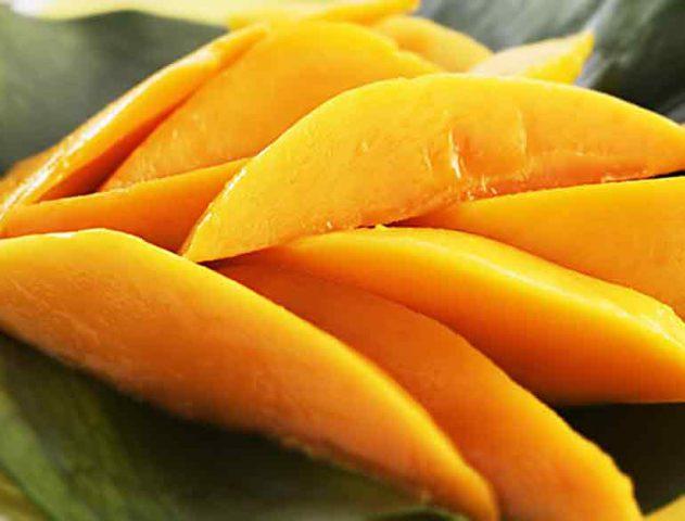 Sliced Mango @TheRoyaleIndia