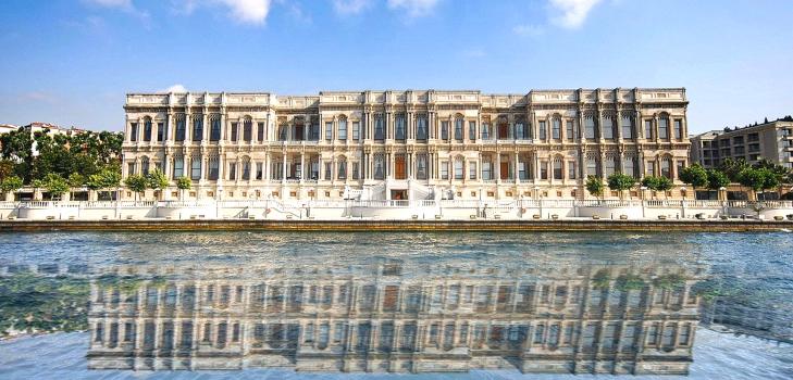Ciragan Palace Kempinski, Istanbul where James Bond movie was shot @TheRoyaleIndia
