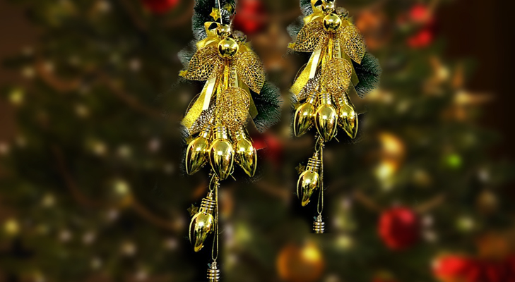 Wall-hanging cum Christmas Tree Decoration @TheRoyaleIndia