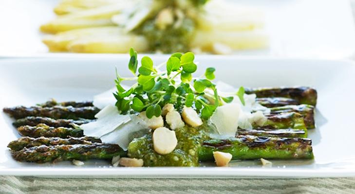 Grilled Asparagus & Macadamia Salad Recipe – Australian Cuisine @TheRoyaleIndia