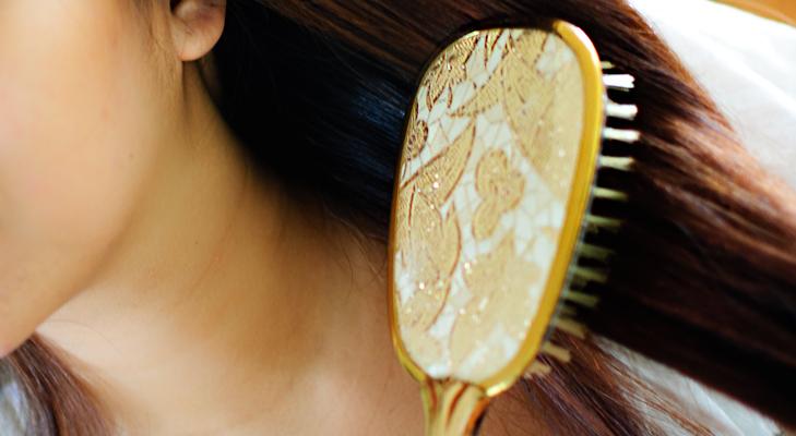 Paddle Hairbrush @TheRoyaleIndia