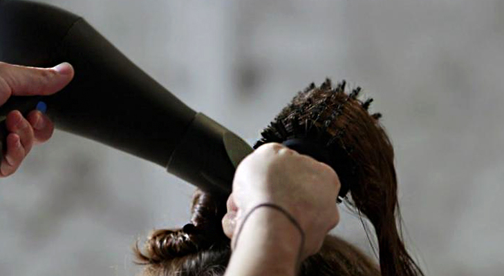 Round brush for Blowouts @TheRoyaleIndia