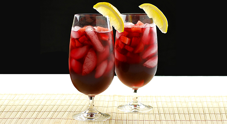 sangria wine red valentine food @TheRoyaleIndia