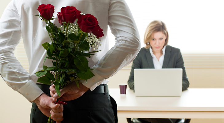 Send Flowers at Workplace this Valentines Day @TheRoyaleIndia