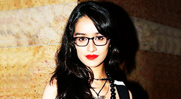 Thick Frames for Shradha Kapoor's Oblong Face @TheRoyaleIndia