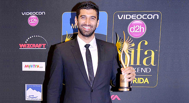 Aditya Roy Kapoor for Yeh Jawani Hai Deewani - Best Performance in a Supporting role Award - Male @TheRoyaleIndia