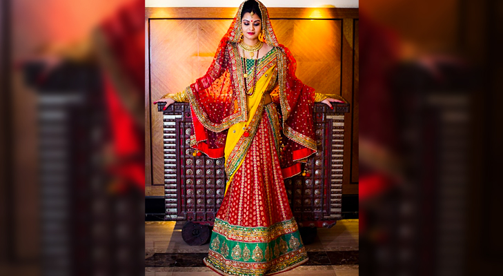colourful vibrant indian bride @TheRoyaleIndia