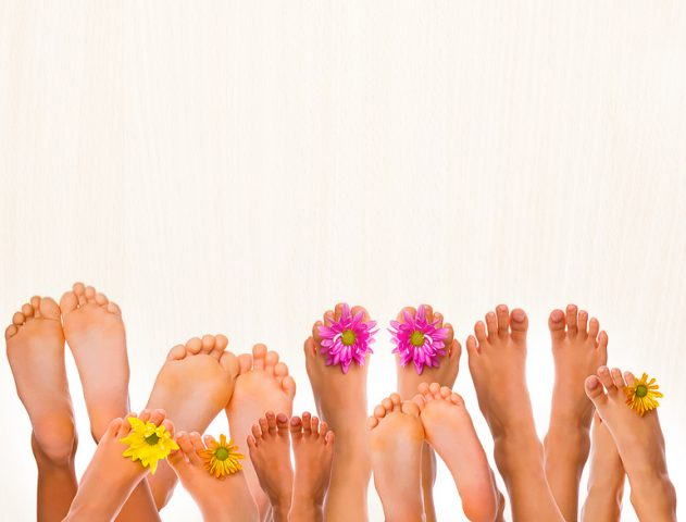 DIY Foot Scrubs for Monsoon @TheRoyaleIndia