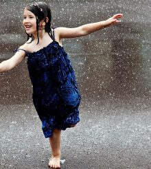 How to ensure your baby has healthy fun in monsoon!