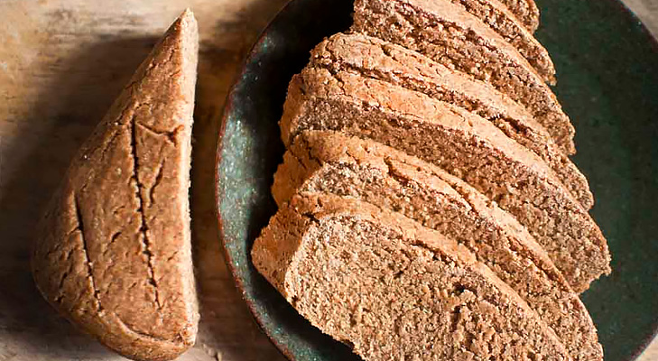 Ragi Wheat Bread @TheRoyaleIndia