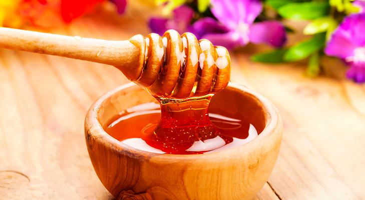 Rub with Honey @TheRoyaleIndia