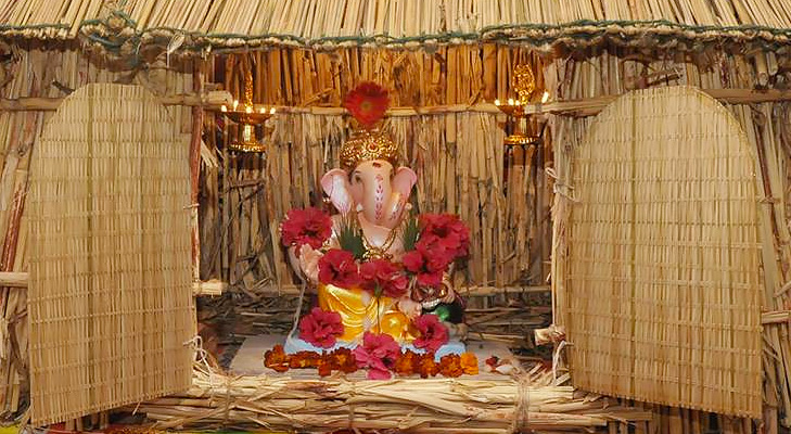 Eco friendly home decoration for ganesha the royale for Background decoration for ganesh festival