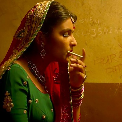 parineeti smoking desi romance