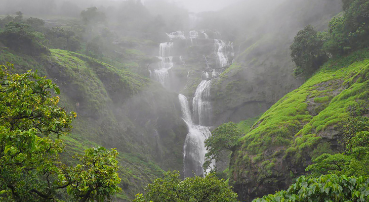 bhandardara waterfalls @TheRoyaleIndia