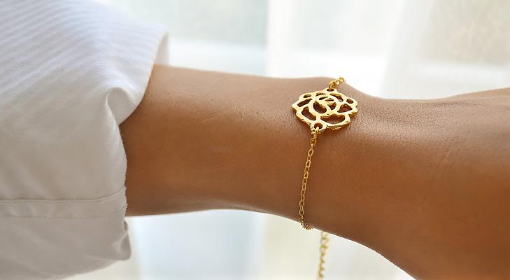 minimalistic jewellery @TheRoyaleIndia