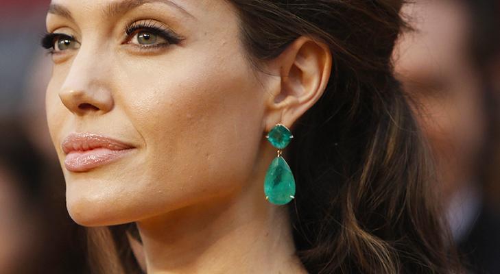 Emerald earring angie @TheRoyaleIndia