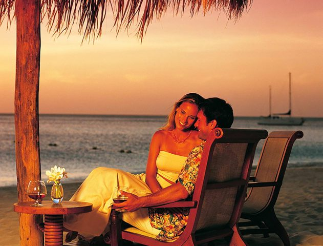 5 Indian Romantic Getaways that Transcend European Rendezvous @TheRoyaleIndia