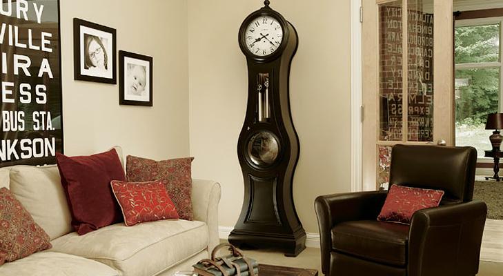 wall clock pendulum @TheRoyaleIndia