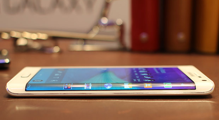 samsung_galaxy_note_edge @TheRoyaleIndia