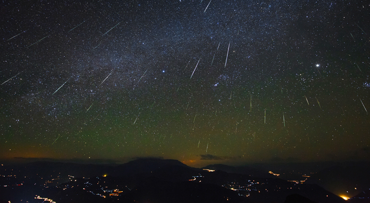 Perseids Meteor Shower & Geminid Meteor Shower @TheRoyaleIndia
