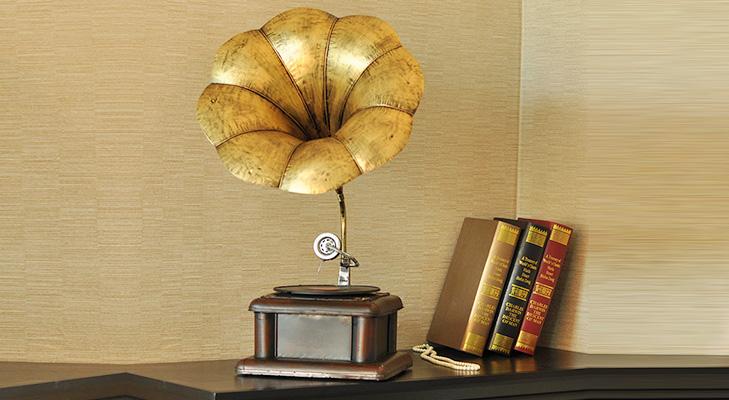 Home Decor Gramaphone @TheRoyaleIndia