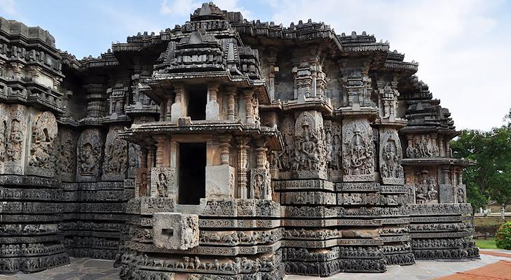 Hoysaleshwara Temple Karnataka @TheRoyaleIndia