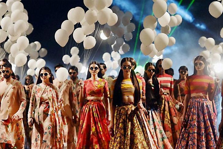 sabyasachi mukherjee lakme fashion week 2015 @TheRoyaleIndia