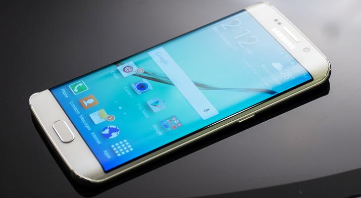 Samsung Galaxy S6 Edge @TheRoyaleIndia