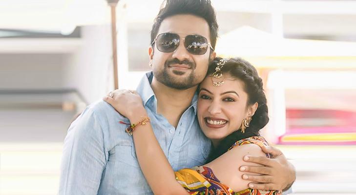 Vir Das Wife @TheRoyaleIndia